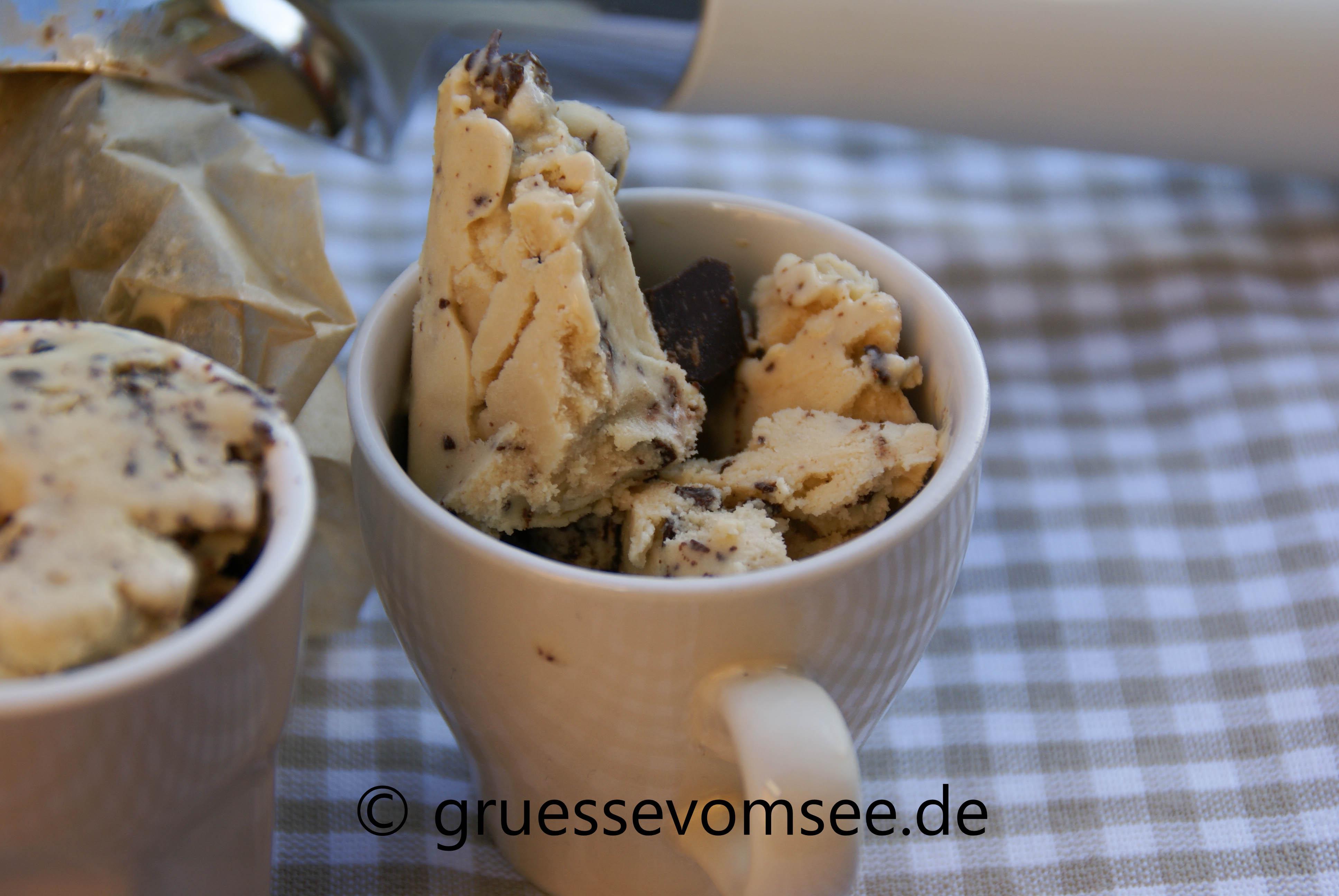 Eiscreme_Kaffee_Joghurt_Gruessevomsee