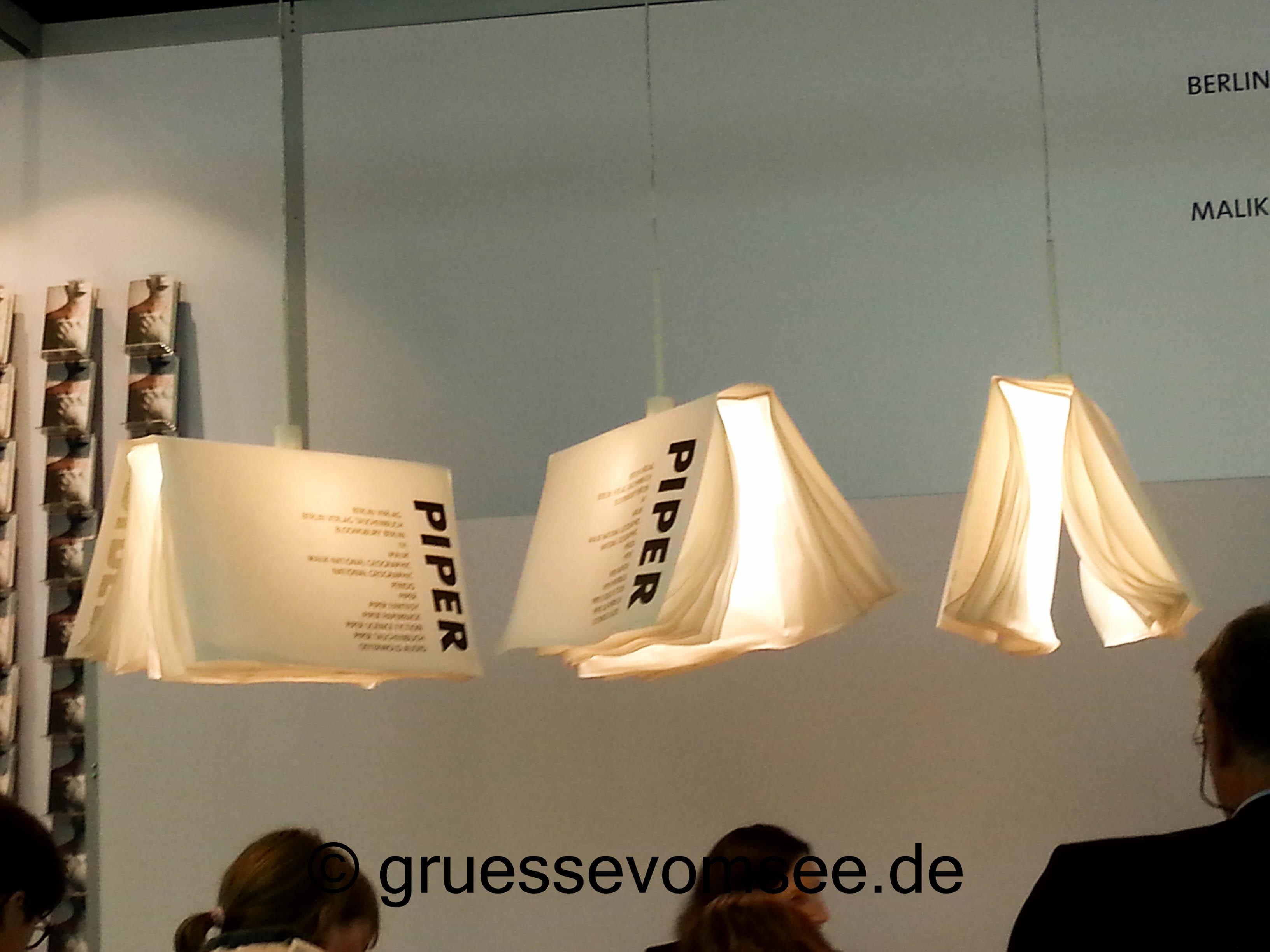 Buchmesse_Frankfurt_2015_Lampen_Piperverlag
